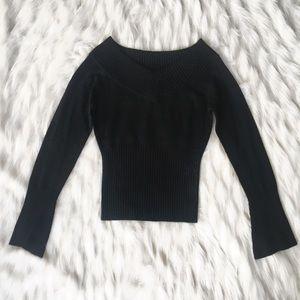Talula | Black V-neck sweater